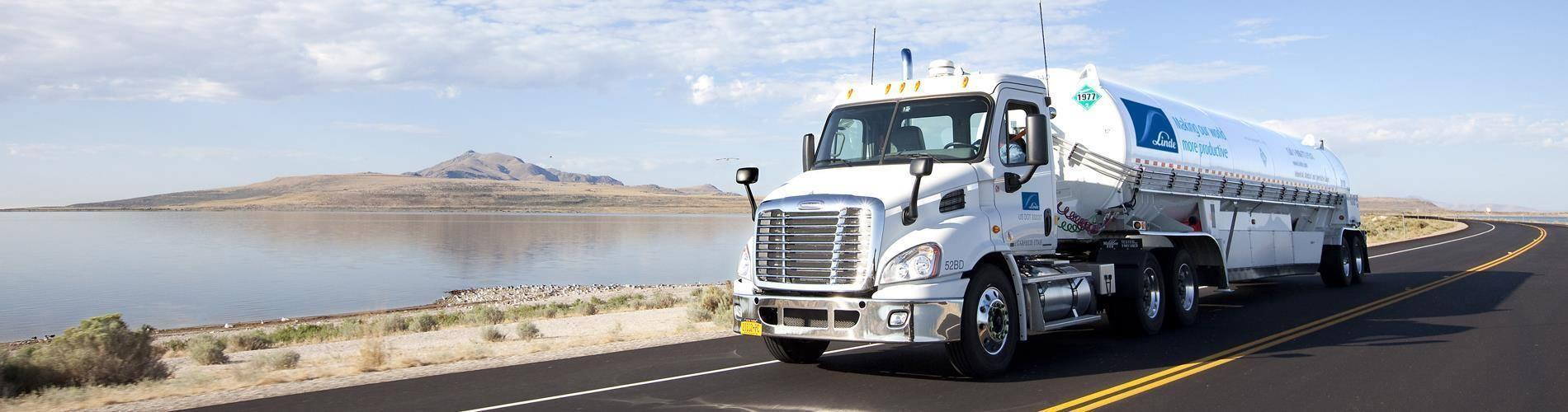 Linde U.S. Bulk Trailer Truck